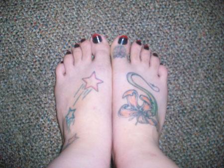 Femme grosse branle avec ses pieds